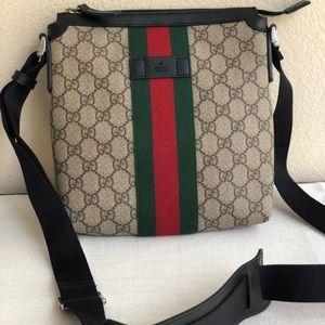 8ea1223875974 Gucci Bags - Original Gucci Web GG Supreme flat messenger